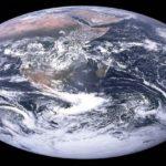 Голубой мрамор: изображение Земли «Вне мира»