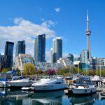 Какие канадские провинции и территории наиболее помещаемые канадцами?