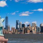В каком штате находится Статуя Свободы?