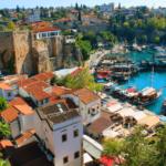 Анталия - курортный и портовый город в Турции